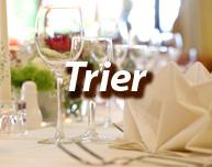 Der Beitrag dreht sich um die Frage, was einem beim Dinner in the Dark in Trier erwartet und wo man entsprechende Angebote findet.